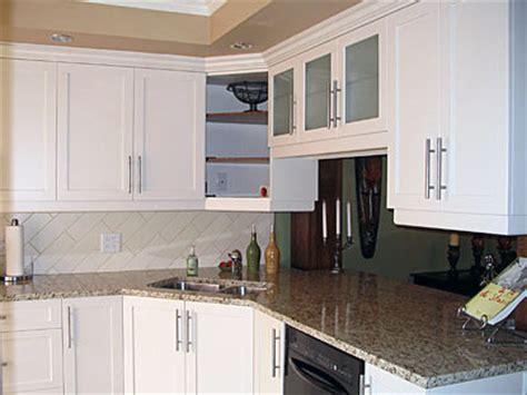 retaper armoire de cuisine restauration de cuisine créations folie bois