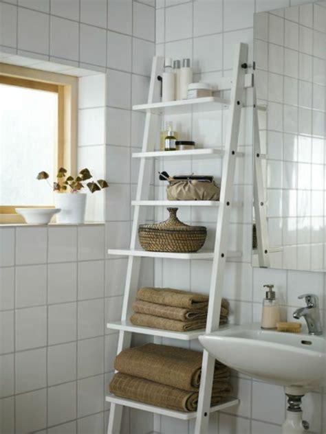 Badmöbel Holz Rattan by Handtuchleiter Holz 35 Reizende Badezimmer Im Landhausstil
