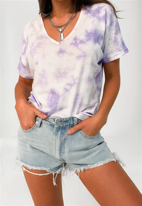 Purple Tie Dye V Neck Boyfriend T Shirt | Missguided