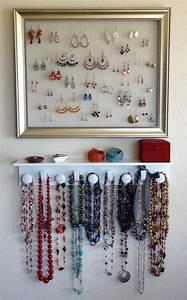 Comment Ranger Ses Bijoux : comment ranger ses bijoux dans une boite ou sur un pr sentoir ~ Dode.kayakingforconservation.com Idées de Décoration