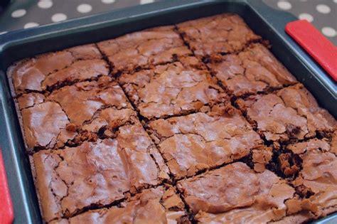hervé cuisine brownie 18 best recettes cuisine en vidéo images on