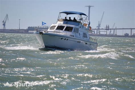 Motorboat A Guy by Motorboat Rent Guy Couach 16 In Sherry C 225 Diz Nautal