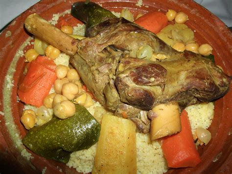 photos cuisine file moroccan cuisine couscous berber jpg