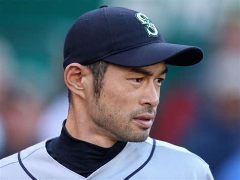 Ichiro Suzuki Trade by Mariners Trade Ichiro Suzuki To The Yankees Cbs Boston