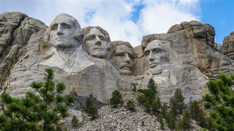 what country is mount rushmore in 26 of the most american things
