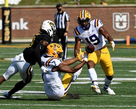 Humbled LSU eyeing QB contingency vs surging South ...