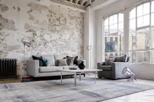 steinwand wohnzimmer bilder wohnzimmer mit steinwand im shabby chic roomido