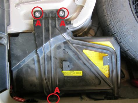 Volvo S80 Battery by How To Replace The Battery In Volvo S60 V70 Xc70 S80 Xc90