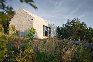 Haus Aus Beton Kosten : satteldach aus beton einfamilienhaus in slowenien leer architektur innenarchitektur ~ Yasmunasinghe.com Haus und Dekorationen