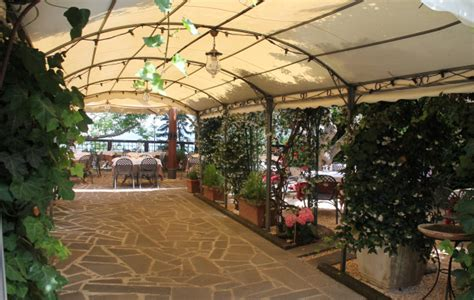 terrazza sul lago ristorante la cantina una terrazza sul lago ristorante
