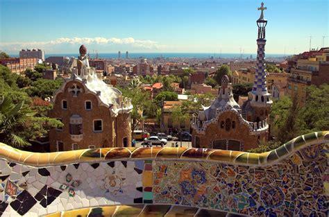 chambres d hotes troglodytes parc güell à barcelone