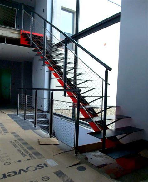 escalier exterieur limon central escalier limon central marches en t 244 le metal concept