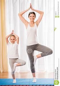 Yoga At Home : yoga at home stock image image of child health children 53899771 ~ Orissabook.com Haus und Dekorationen