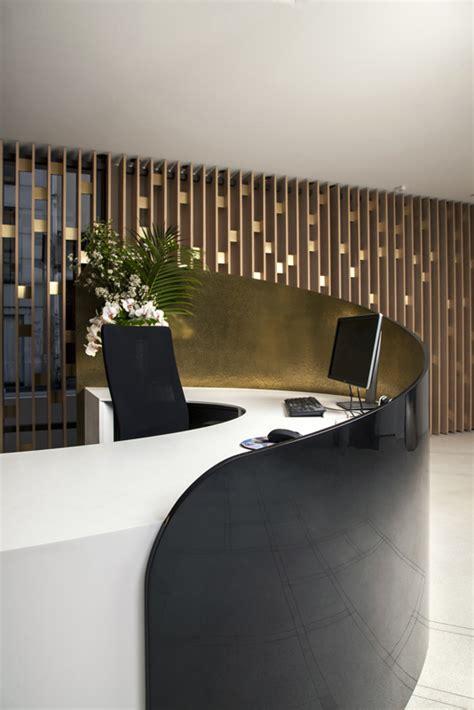 bureau d un avocat banque d 39 accueil en solid surface v korr cabinet d 39 avocats