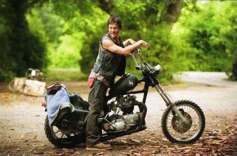 Mcfarlane Is Making Daryl Dixon On His Bike, Complete With