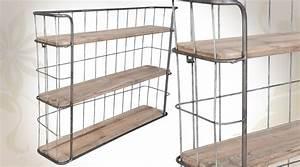 Etagere Bois Et Metal : etag re murale en bois vieillie et en m tal style indus ~ Teatrodelosmanantiales.com Idées de Décoration