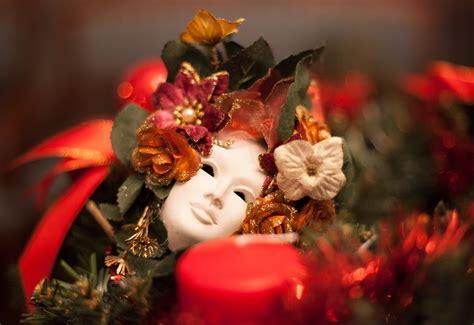 Izstādē «Itālijas Ziemassvētki» - svētku svinēšanas ...