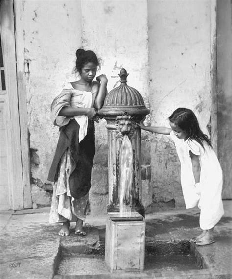 filipino children  pacos city hydrant manila