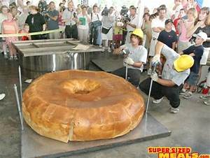 The biggest bagel-Biggest foods in the world | Largest ...