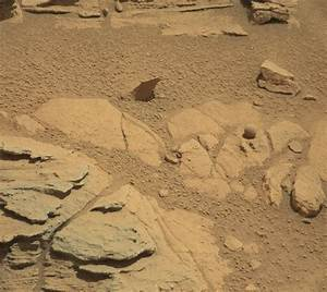 Curiosity rover finds strange features on Mars ...