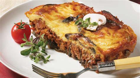 cuisiner de l aubergine moussaka recettes iga agneau tomates recette facile
