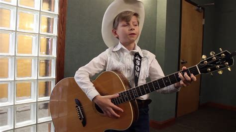 Mason Ramsey Performs Hank Williams'