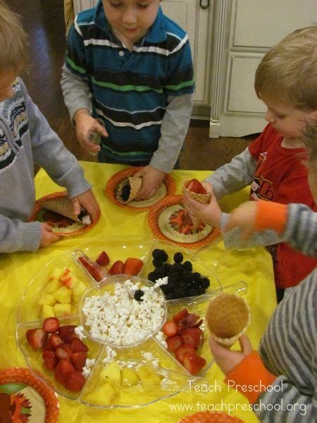best 20 thanksgiving preschool ideas on 442 | 50700c65dd2090a340c007aae54b26b2 cooking in preschool teach preschool