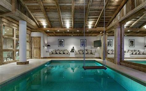 holzbalken in decke finden rustikale holzbalken decke gestaltungsideen f 252 r indoor