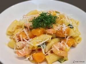 Spaghetti Mit Kürbis : k rbis pasta asiatisch mit garnelen mein rezept der woche ~ Lizthompson.info Haus und Dekorationen
