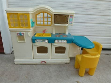 tikes country kitchen accessories tikes country kitchen with 2 chairs chairs 9044