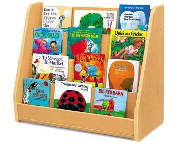 Preschool Books On Shelf Clipart Clipart Suggest