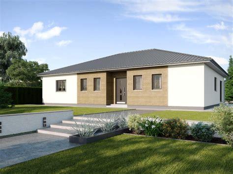Foerderungen Fuer Hauskauf Und Hausbau by Fertighaus Bungalow Madeira Mit Walmdach Gussek Haus