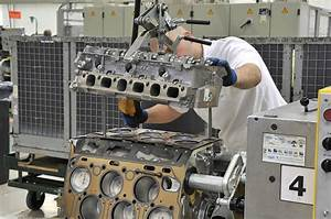 Bentley U0026 39 S W12 Engine Tech Secrets Revealed