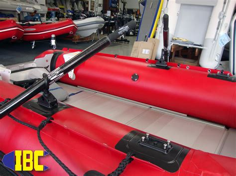 Zodiac Inflatable Boat Oars by Adding Oars And Oarlocks To Inflatable Boats Inflatable