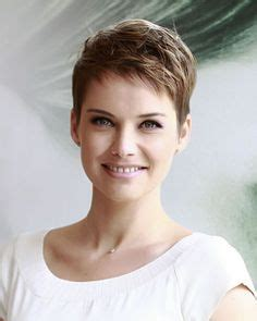 stylish  short hairstyles  women   hairstyles  fine thin hair short