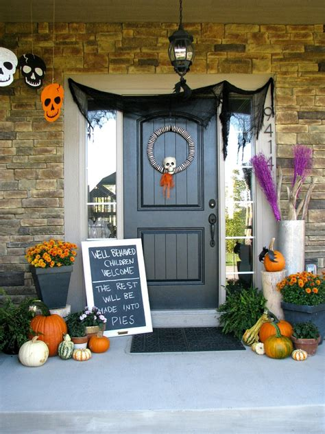 Cute Halloween Front Porch Decorations To Greet Your Guests. Cordless Decorative Table Lamps. Chairs For Living Room Cheap. French Country Home Decor Catalogs. How To Decorate Bedroom Windows. Theater Rooms. Decorative Wall Dividers. Decorating Kids Room Ideas. Light Pink Room Decor
