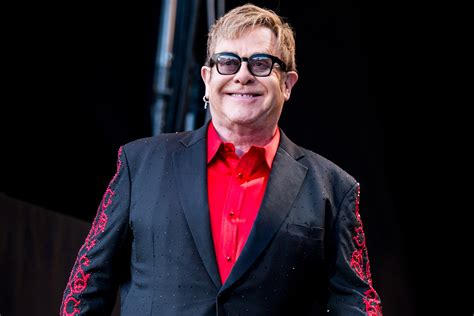 Elton John Feeling Better After Frightening Health Scare