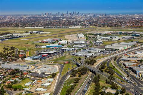 Essendon is bounded in the west by hoffmans road, in the north by keilor road and woodland street, in the east by the moonee ponds creek. That's a wrap for 2018 from Essendon Fields   Essendon Fields