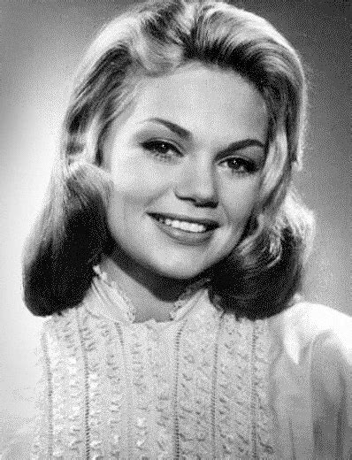 File:Dyan Cannon 1950s-cropped.jpg - Wikimedia Commons