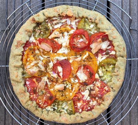 tarte rustique 224 la tomate et au fromage de ch 232 vre sans moule p 226 te 224 l huile d olive blogs de