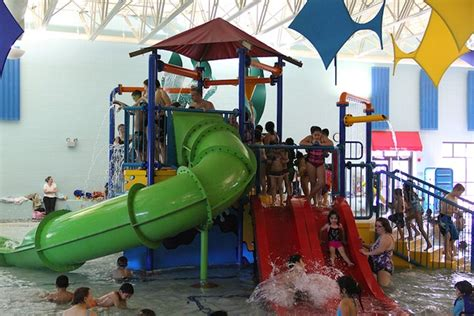 Best Indoor Water Parks Near Chicago