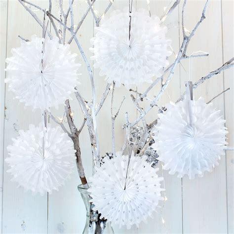 5 white mini honeycomb snowflake decorations pipii