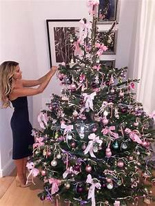 Weihnachtsbaum Mit Rosa Kugeln : weihnachten bei den stars sylvie meis kris jenner co ~ Orissabook.com Haus und Dekorationen