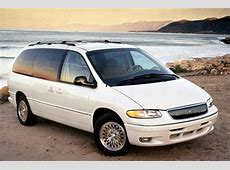 199600 Chrysler Town & Country Consumer Guide Auto
