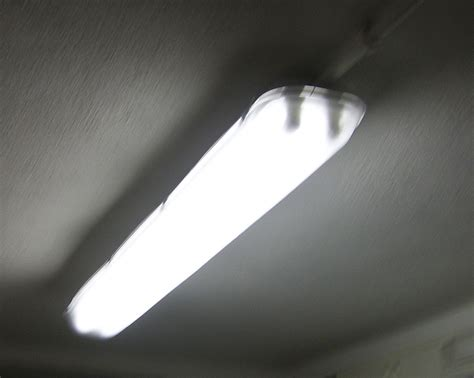 Fluorescent Lamp  Simple English Wikipedia, The Free