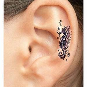 Mini Tattoos Männer : die besten 25 piercing ohr helix ideen auf pinterest ohren piercings helix ohrringe helix ~ Frokenaadalensverden.com Haus und Dekorationen