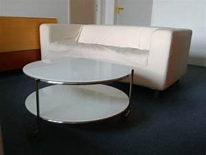 Glastisch Mit Holz : ein praktischer glastisch rund mit sch nem design und ~ Michelbontemps.com Haus und Dekorationen