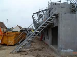 Escalier Occasion Exterieur by Escalier Provisoire Fabricant D Escalier De Chantier