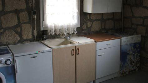 repeindre meuble cuisine mélaminé repeindre ses meubles de cuisine