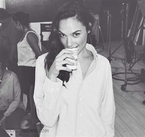 9 Cutest Image Of Gal Gadot Gallery Skpopnews